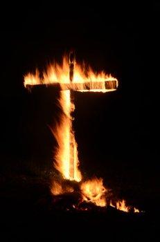 brennendes Kreuz