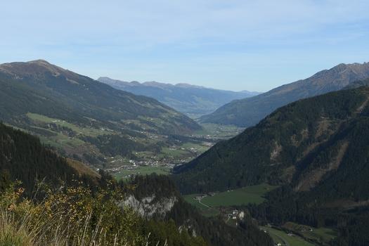 Blick über Wald i.P. und Neukirchen am Großvenediger