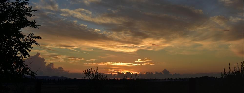 Sonnenuntergang über der Maremma