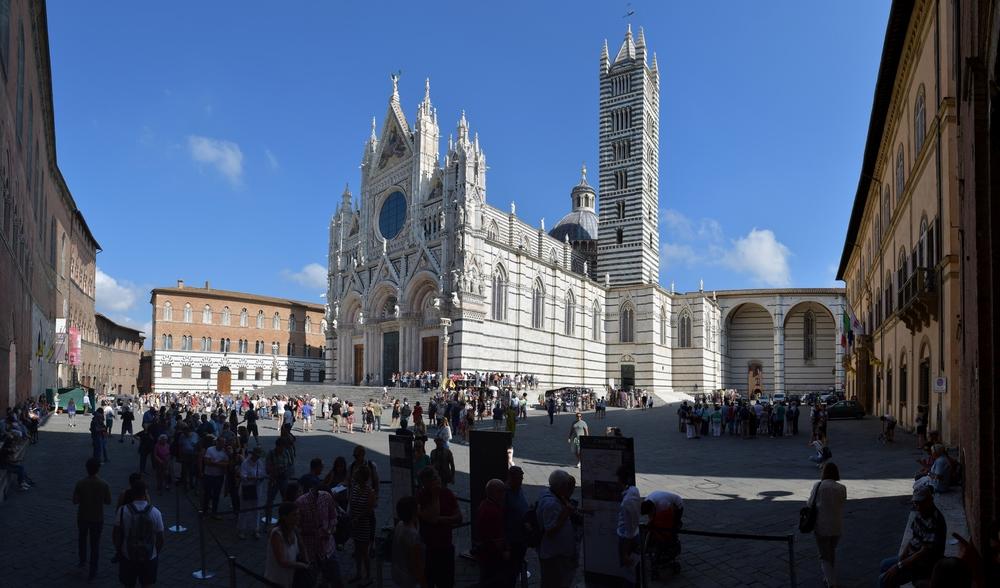 Piazza del Duomo (Siena)
