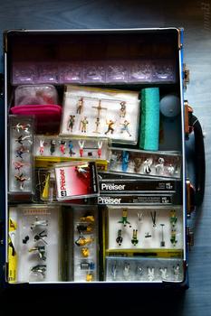 Miniaturfiguren Kiste