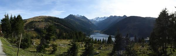 Hochkrimmel und der Speicher Durlaßboden mit den Alpen