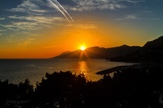 Sonnenuntergang in Baska Voda - Kroatien
