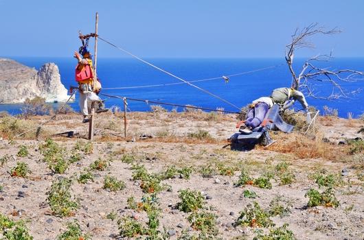 Vogelscheuchen auf Santorini ;-) (2)