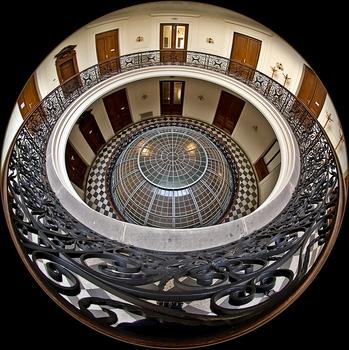 Ehemalige Länderbank, Blick auf die Kuppel der Eingangshalle