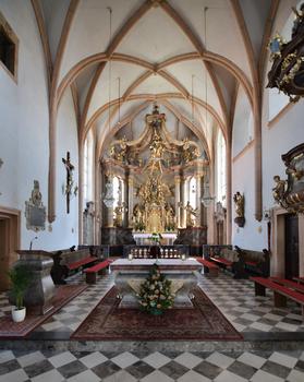 Straden, Altarraum der Pfarrkirche