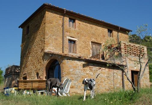 Altes Bauernhaus als Villa umgebaut
