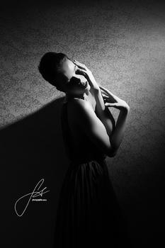 sensual shadow