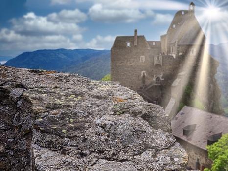 Sonne auf Burg Aggstein