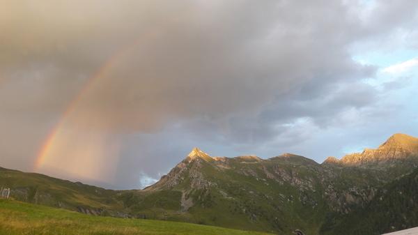 Fächerregenbogen ohne Vordergrund