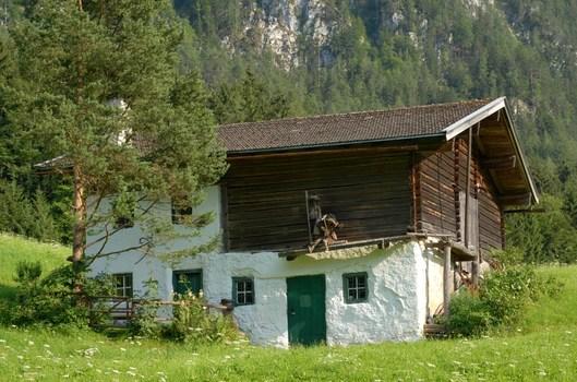 Austraghof 2
