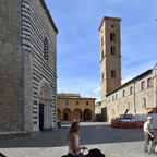 Piazza San Giovanni, Volterra
