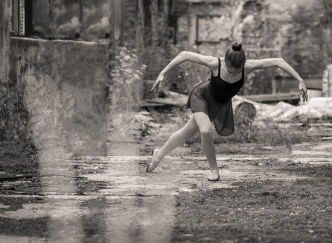 Lost Place Ballerina 2