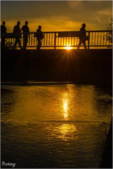 Abends an der Brücke