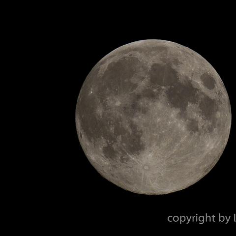 Der Mond!