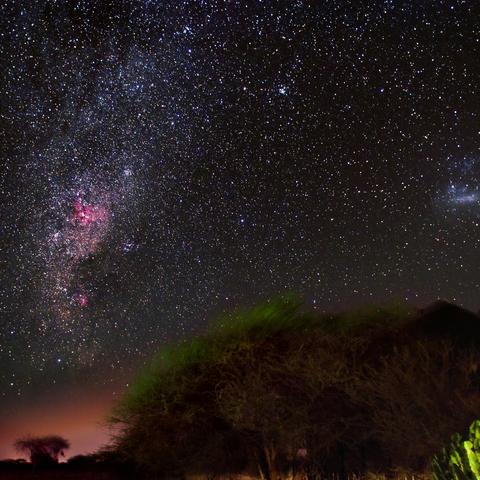 Südliche Milchstraße über Nkutuni