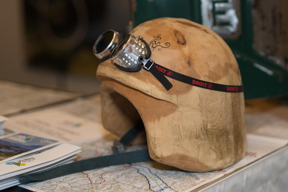 Der Schutz für den Holzschädel